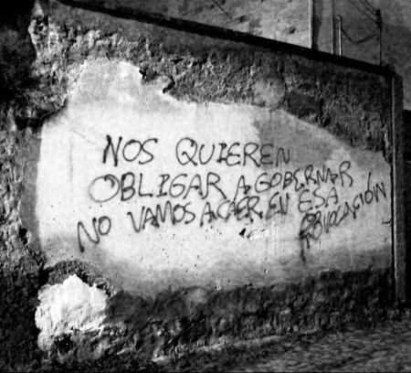 """""""Nos quieren obligar a gobernar, no vamos a caer en esa provocación"""", Oaxaca, 2006"""